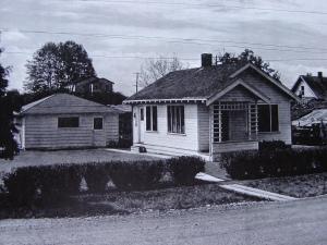 Dahl Field house 2519