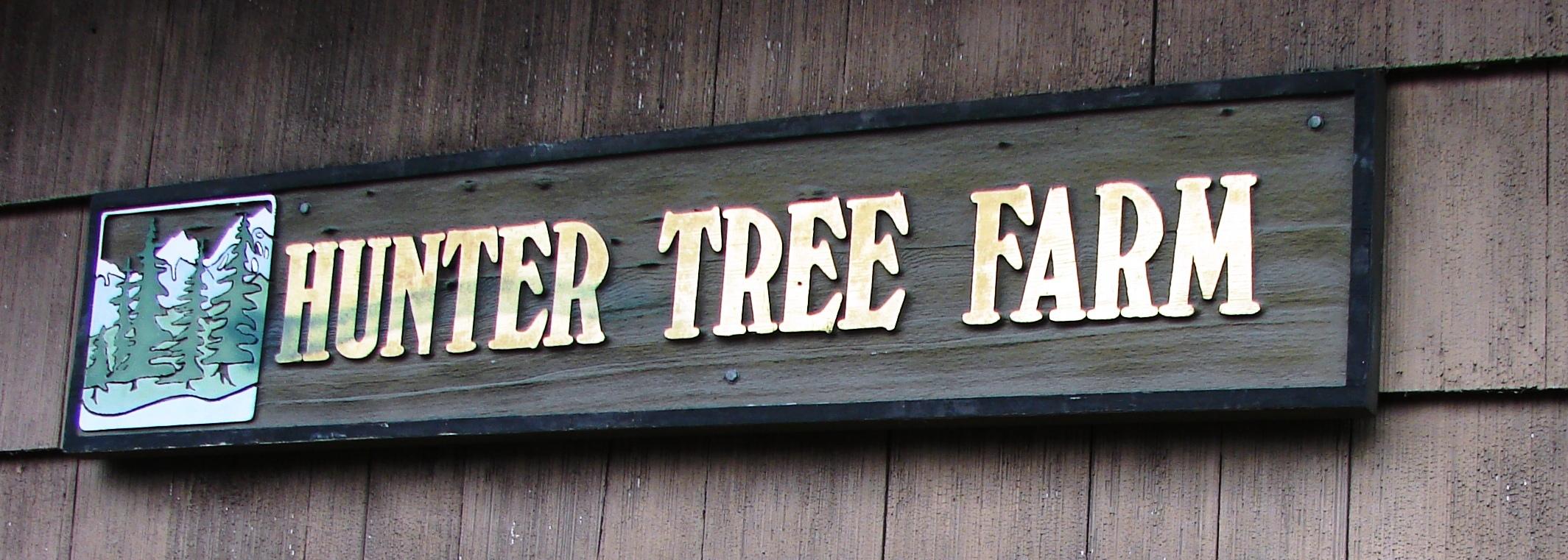 Hunter Tree Farm Sign