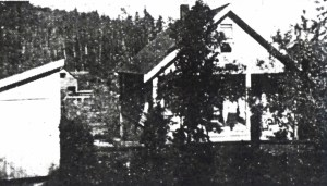 In 1919 the Jacklin house was level with 35th Ave NE.