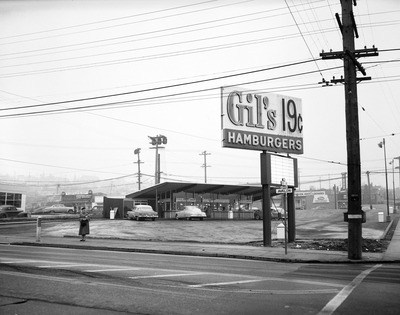 Hamburger stand in West Seattle in 1955.Seattle Municipal Archives Item 168530