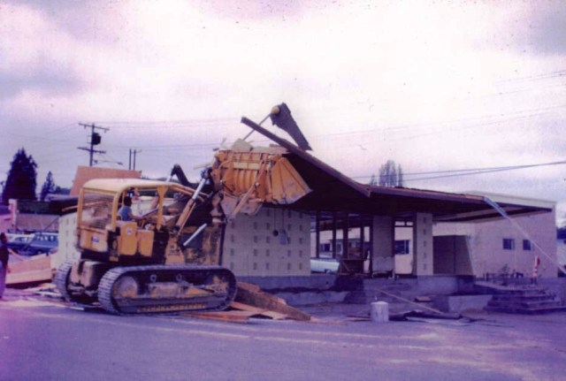 The Wedgwood Dairy Queen was torn down in the summer of 1964. Photo courtesy of Don Morgan.