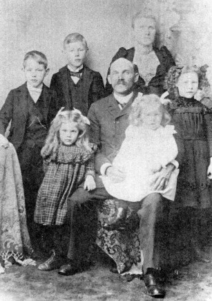 Gerhard and Dorothea Ericksen family in the early 1900's. The Ericksens had ten children of whom five lived to adulthood. Photo courtesy of Bothell Historical Society.