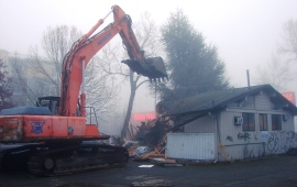 On November 26, 2013 the remaining building on the Morningside Substation site was demolished.