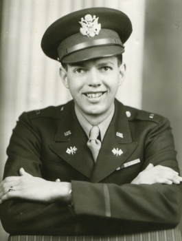 Mylo Lindgren in uniform