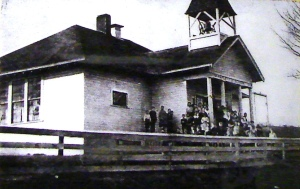 An undated photo of the Maple Leaf School which was built by or before 1910 on NE 105th Street.