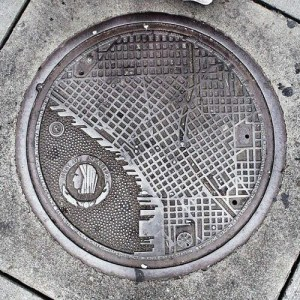 manhole covers seattle map at 1st and spring streets