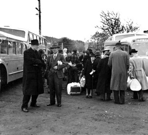 Japanese evacuees at Camp Harmony, Puyallup, in 1942