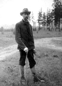 Professor Edmond S. Meany in hiking outfit at age 44 in 1906. UW Special Collections Photo 2116.